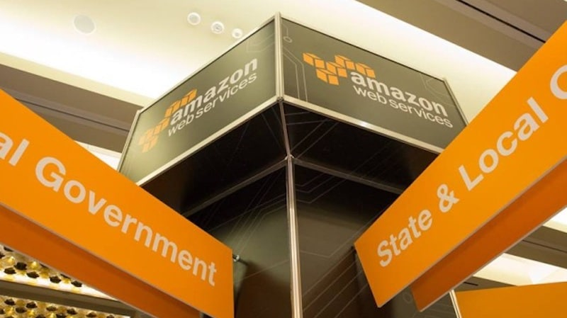 Amazon Partners VMware for Hybrid Cloud Services to Rival Microsoft