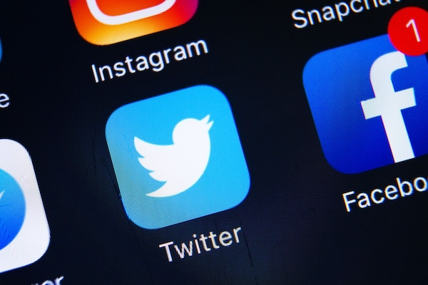 iOS Users May Soon Be Able To Play YouTube Videos Within Twitter