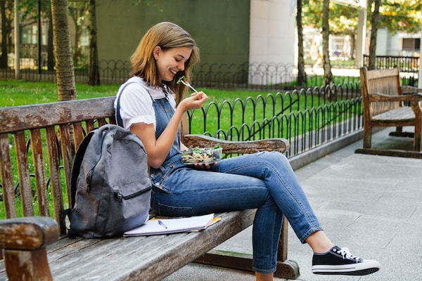 Best College Bags For Girls: Carrying Supplies In Style
