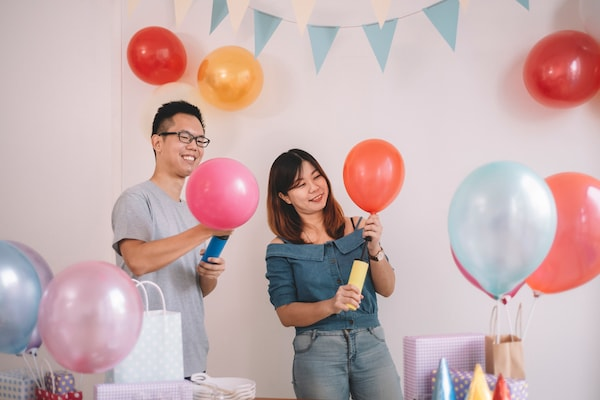 Now Blow Your Party Balloons Effortlessly With Balloon Pumps