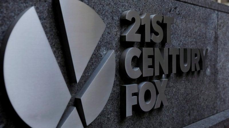 Disney Boosts Fox Bid to $71.3 Billion to Counter Comcast