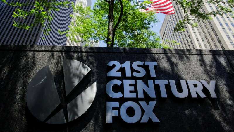 Disney Gets US Approval to Buy Fox Amid Bidding War With Comcast