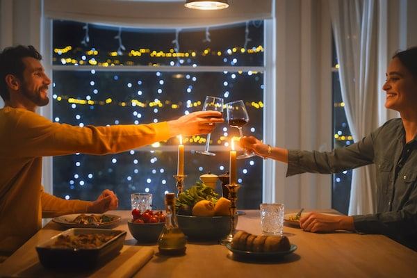 Best Candle Light Dinner Essentials: For Romantic Evenings On A Budget
