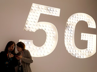 South Korea First to Roll Out 5G Services, Beating China and the US