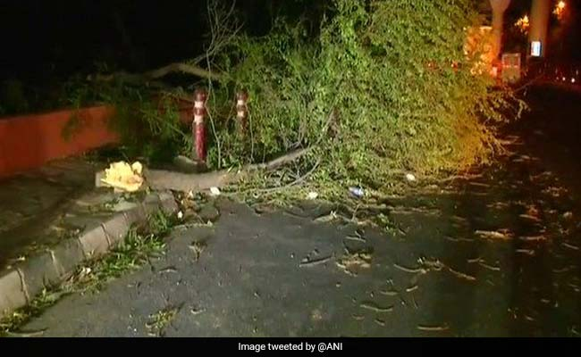Thunderstorm Alert: 70 नहीं 109 किमी प्रति घंटा की रफ्तार से आया था तूफान, आज है इन राज्यों पर खतरा