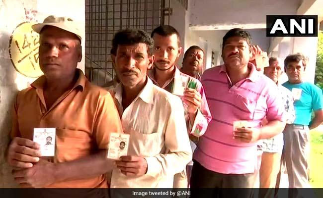 पश्चिम बंगाल पंचायत चुनाव : बाप-बेटा, मां-बेटी, दामाद-ससुर, भाई-बहन एक दूसरे खिलाफ मैदान में, पत्नी भी बोली-पति को सबक सिखाऊंगी