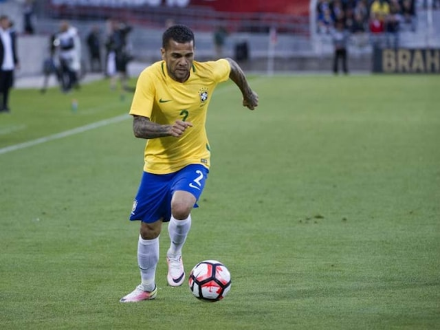 2018 Russia World Cup: Brazil Defender Dani Alves Ruled Out With Knee Injury