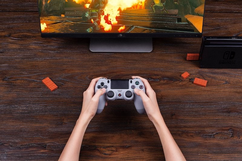 8Bitdo Wireless USB Adapter Lets You Use a PS4 Controller with a Nintendo Switch