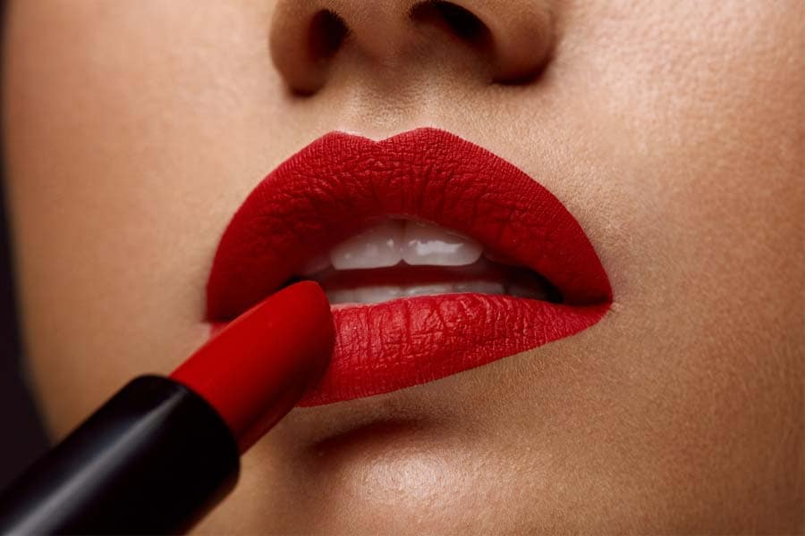 10 Best Long-Lasting Lipstick Brands in India