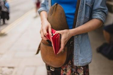 12 Best Leather Wallet Brands For Women