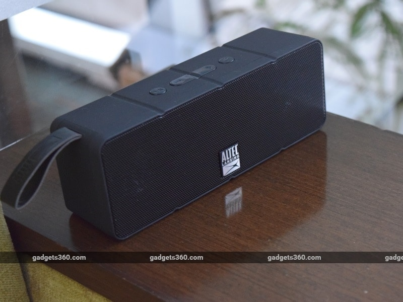 Altec Lansing Dual Motion Bluetooth Speaker Review  NDTV Gadgets 8