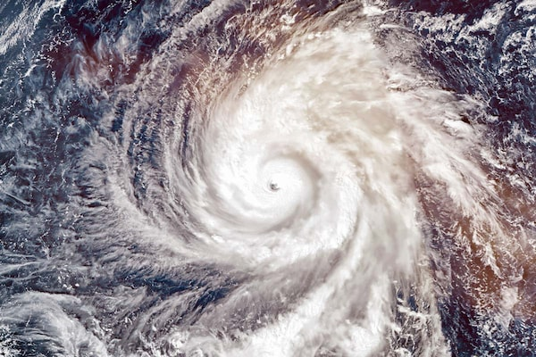 Amphan Causes Heavy Damages in West Bengal And Orissa