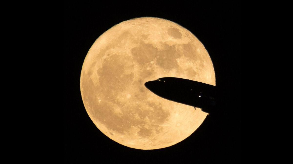 Super Pink Moon 2020: 8 अप्रैल को दिखेगा सुपरमून, भारत में यहां देख सकते हैं लाइव