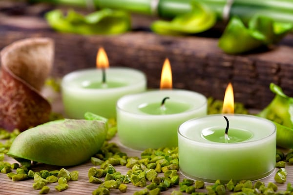 Best Aroma Candles to Lift Up Your Mood