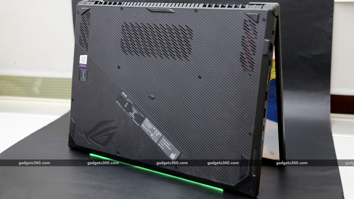 Asus ROG Strix Scar II bottom ndtv asus