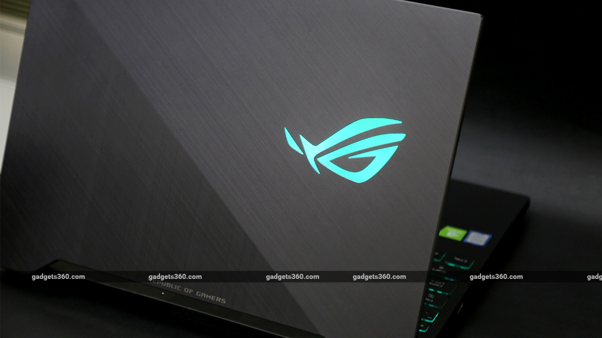 Asus ROG Strix Scar II Gaming Laptop Review