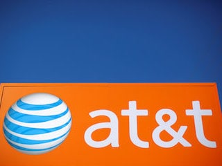 AT&T Bets on 5G With Straight Path Communications Buy for $1.25 Billion