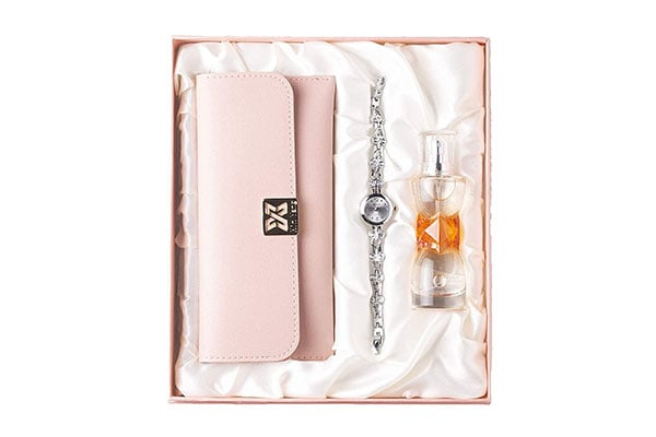 Avighna Womens Clutch Watch With Perfume 1611550579748