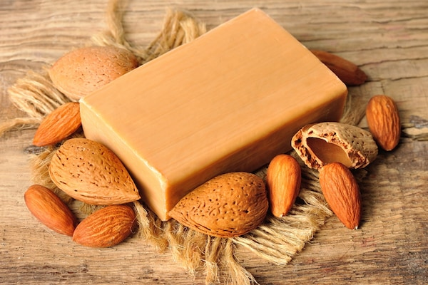 Nourishing Almond Soaps: Get Supple And Tonned Skin