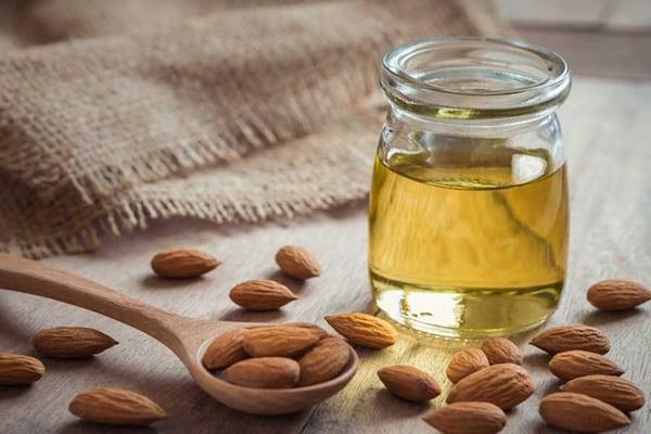 Nourishing Almond Oils To Promote Hair Growth