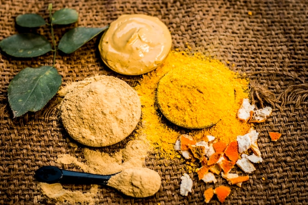 Best Ayurvedic Body Exfoliators That Are Safe And Gentle On Skin