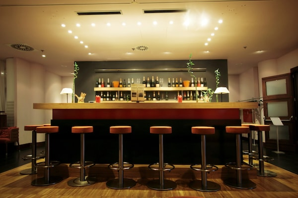 Amazing Bar Stools To Set-Up A Classy Ambience