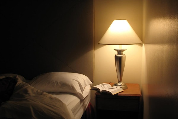 Best Bedside Table Lamps For Reading At Night
