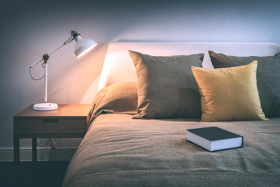 Best Bedside Table Lamps : Elegant, Classsy or Quirky Choose Your Taste!