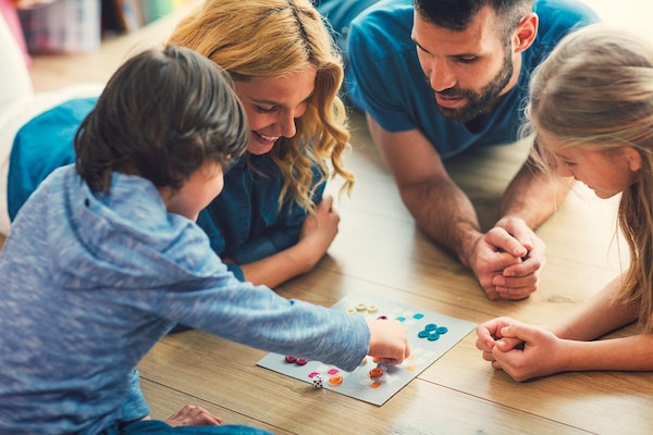 Best Indoor Games For Kids To Keep Them Engaged