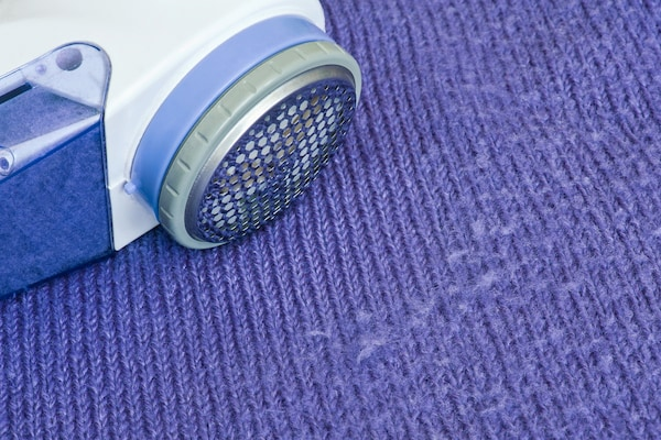 Lint Remover Machines: Say Goodbye To Unwanted Lint, Fuzz Or Bobbles