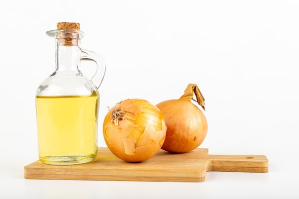 Deeply Nourish Your Hair With Onion Infused Shampoos