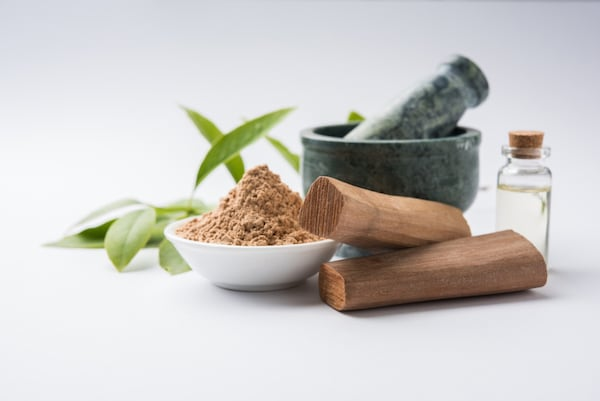Best Sandalwood Powders That Are Pure And Natural