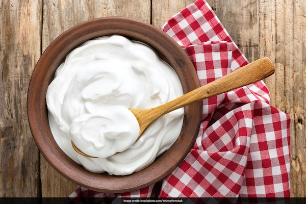 How to Make Whipped Cream At Home: A Complete Guidebook