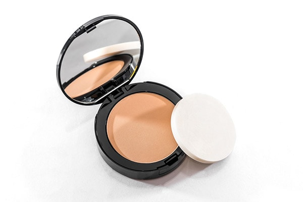 Best makeup products Setting powder 1614110081407