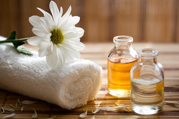 Best Essential Oils in India