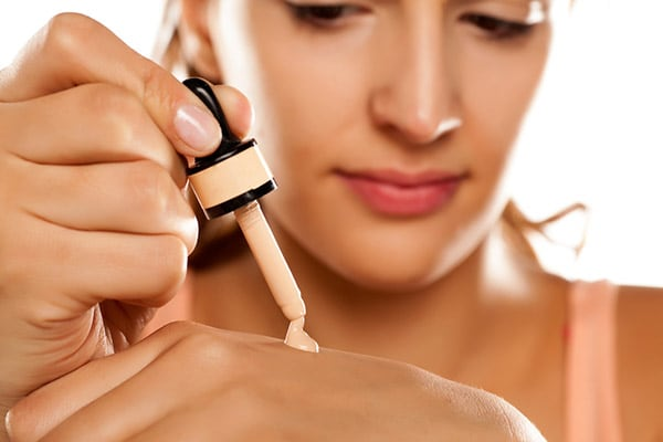 Best Foundation For Oily Skin - Choose From The Best Makeup For Oily Skin