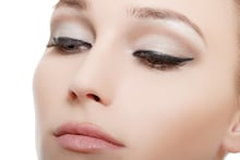 Best Glossy Eyeliners That Are Extremely Pigmented