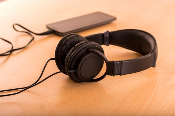 Best Headphones To Buy Online: Pick From Noise Cancelling, Wireless, Over-Ear and More