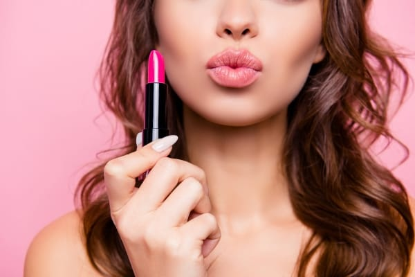 Best Lipstick Brands In India: Shop Lipsticks Online For That Perfect Pout