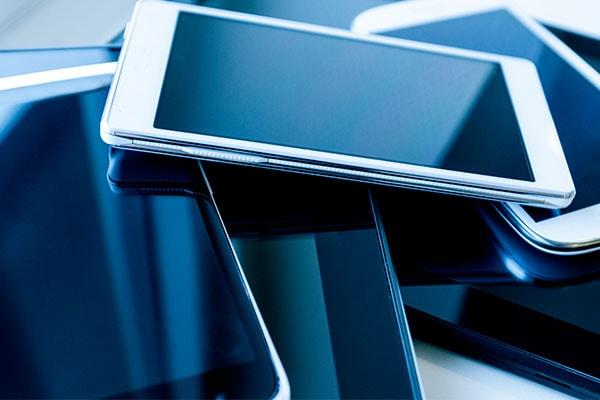 Best Moto 4G Mobile Phones In India