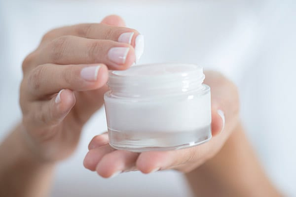 Best Night Cream You Must Own For That Perfect Flawless Skin. Buy These Night Creams At The Best Price Here!