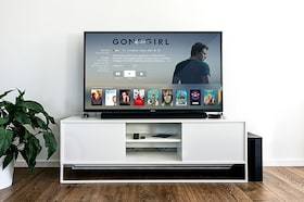 Top Selling Best Smart TVs To Bring Home This Year