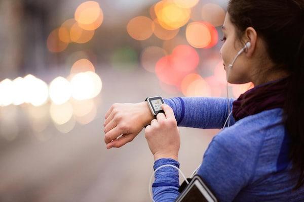 Best Smartwatch Under 25000 in India