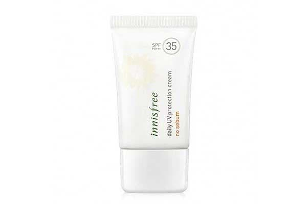 Best Sunscreens in India - Innisfree Daily UV protection cream no sebum SPF35 PA+++ 50ml Korean Cosmetics