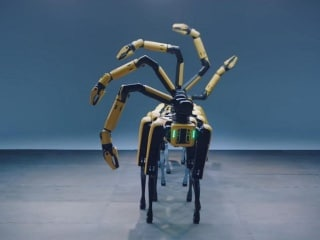 Boston Dynamics' Robots Dance to BTS' Tunes in this Brilliantly Choreographed Video