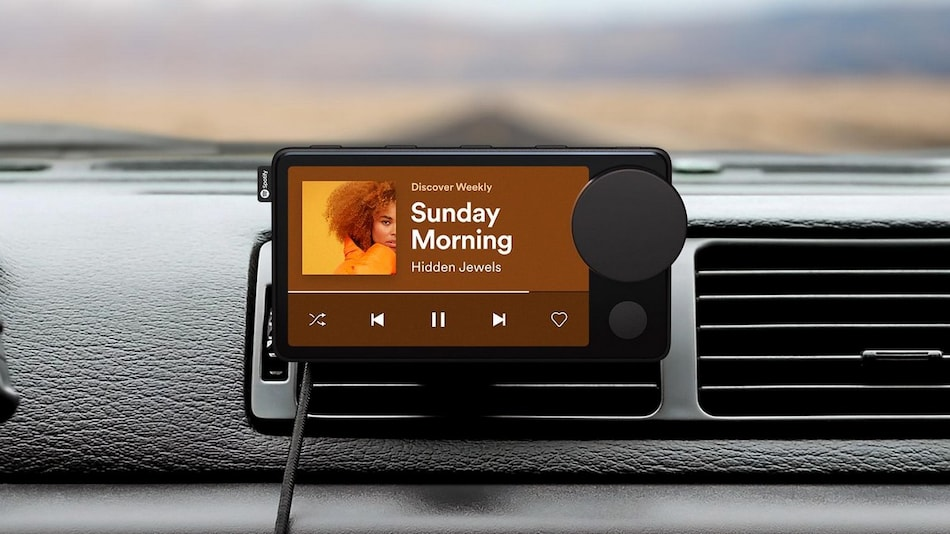 Spotify Car Thing In-Car Accessory Offers Touchscreen Controls, Voice Commands; Free for a Limited Time