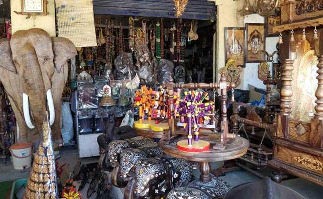 कर्नाटक : चन्नपटण की नायाब कला में दिखती है राजनीति की झलक