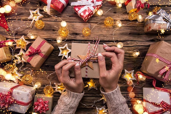 Unique Christmas Gift Ideas: Surprise Your Family And Friends With Best Christmas Gift Ideas