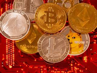 Bitcoin Looks Strong Despite Price Drifting Around $62,000, Dogecoin, Shiba Inu Lead Memecoin Surge