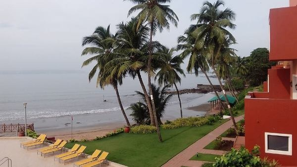 Delhi to Goa Travel Guide: Find Things To Do, Best Deals To Book Cheap Flights, Hotel Rooms Online